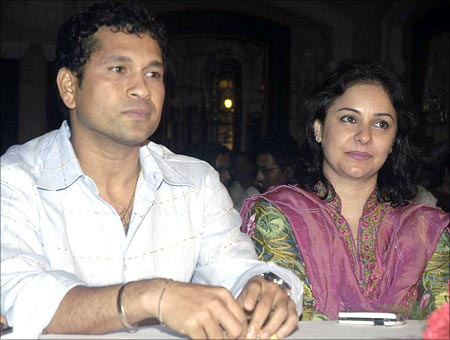 Sachin Tendulkar And His Wife Anjali Tendulkar