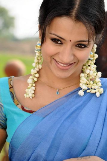 tamil actress trisha blue film