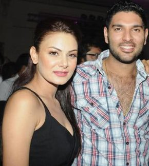 Yuvraj Singh With His Girls Friend Aanchal Kumar