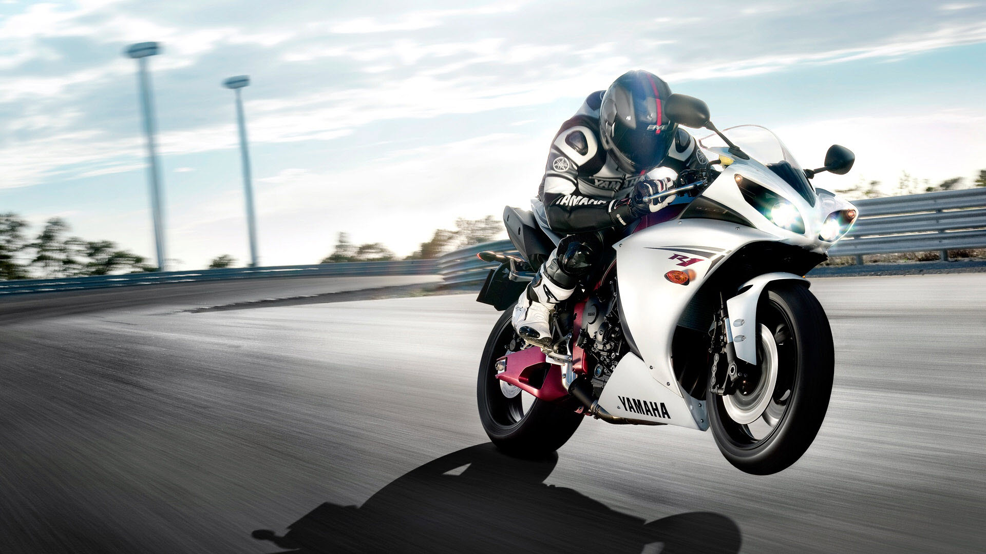 Download Free Bikes And Cars Desktop Wallpapers, Screen ...